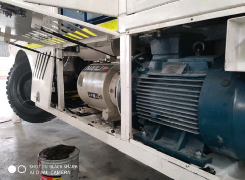 Naili compresores de paletas de 55 kW en una máquina de hormigón en aplicaciones mineras